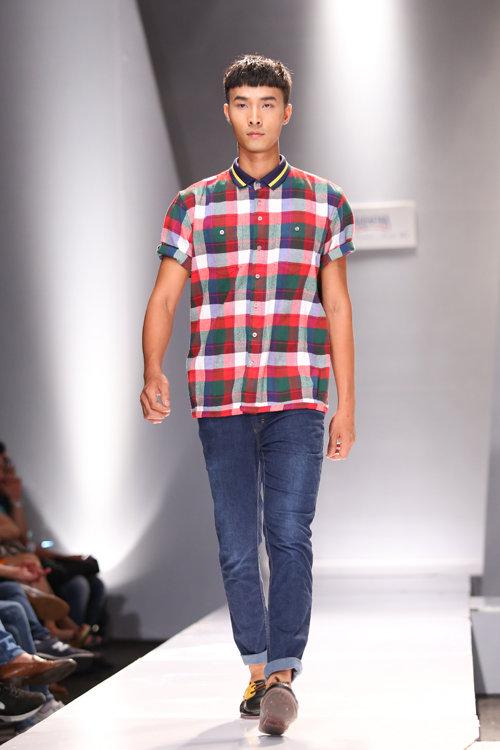 Vải caro được phái mạnh ưa thích khi chọn trang phục đời thường.
